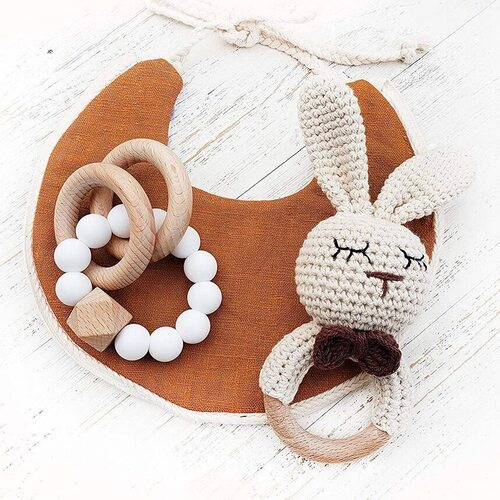 Mali Wear 2 pcs Baby Natural Wooden Crochet Bunny and Silicone Bracelet Teething Toys